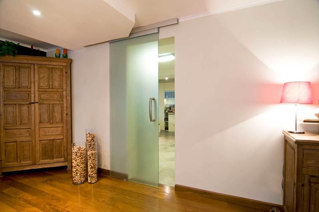 Divisiones de ambientes interiores exteriores y puertas for Ambientes interiores